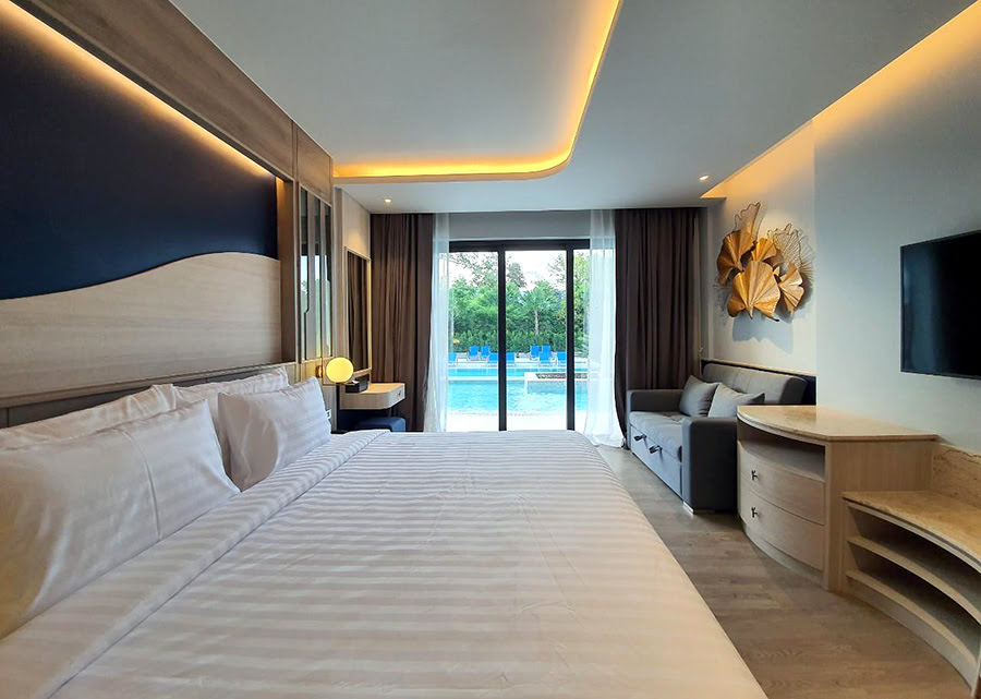 Hotels in Phuket-Thailand-attractions-Seabed Grand Hotel Phuket